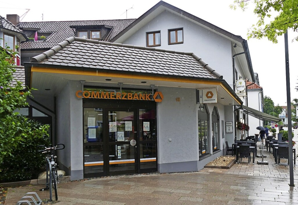 Die Filiale der Commerzbank in Bad Krozingen     Foto: Hans-Peter Müller
