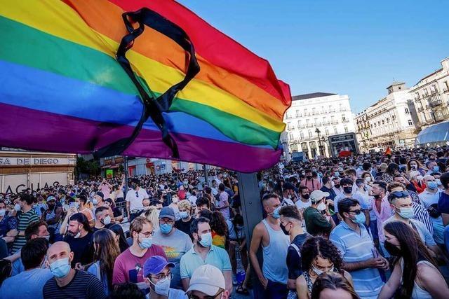 Proteste nach mutmaßlichem Mord an Homosexuellem
