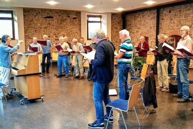 Der Männerchor von Freiburg-Lehen probt wieder regelmäßig