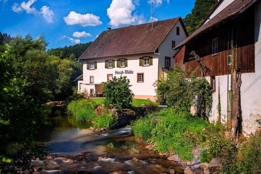 Die Streich Mühle in Wieslet, idyllisc...ese, dem größten Nebenfluss der Wiese.    Foto: Privat