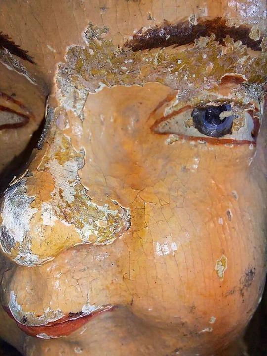 Vor der Restaurierung: Bröckelndes Engelsgesicht  | Foto: privat