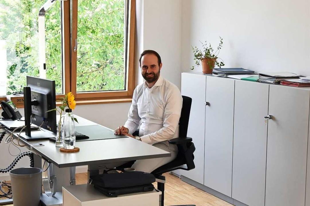Bürgermeister Sebastian Kiss in seinem neuen Büro    Foto: Sophia Hesser