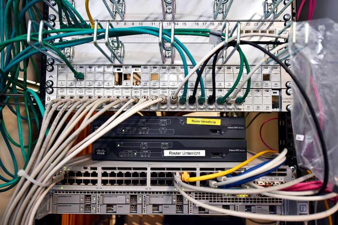 Die Server stehen teilweise in den Klassenzimmern (Symbolbild).  | Foto: Thomas Kunz