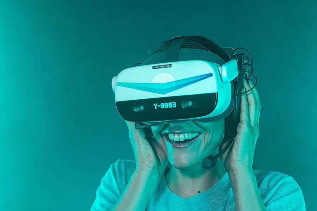 Diese VR-Brille schafft die Illusion.  | Foto: Yullbe
