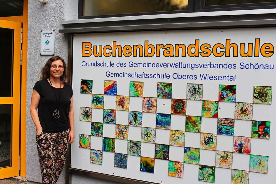 Andrea Krämer arbeitet sich vor Ort in ihre neue Aufgabe ein.  | Foto: Martin Klabund