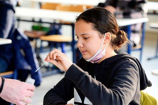 Für das Testen an Schulen und Kitas ist viel logistischer Aufwand nötig