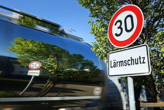 Wichtigste Ausfallstraße in Freiburgs Norden wird zur Tempo-30-Zone