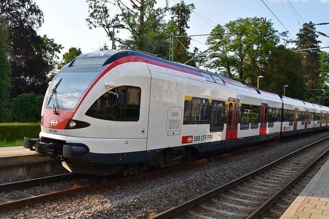 Autofahrer nach Kollision mit Zug im Kreis Waldshut tot geborgen