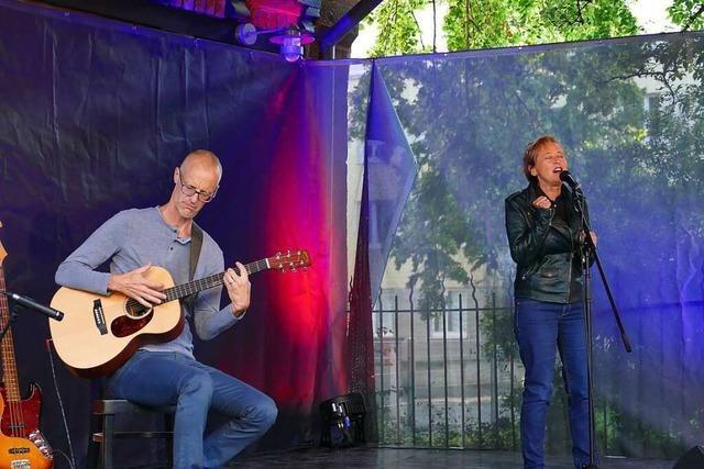 Endlich wieder Live-Musik im Garten des Nellie Nashorns in Lörrach