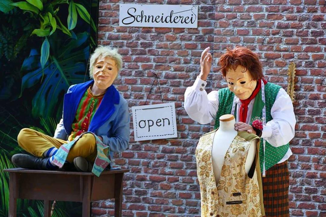 Das Schneiderlein (Hubert Gräbling, li...en Abenteuern, die ihnen  bevorstehen.    Foto: Frank Kreutner