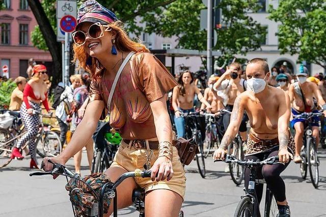 Was es mit der Oben-ohne-Demo in Berlin auf sich hat