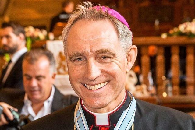 Der Papst-Vertraute Georg Gänswein hält in Offenburg einen Gottesdienst ab