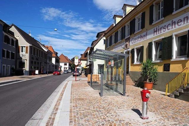 Landratsamt prüft neue Vorfahrtsregelung auf Kenzinger Hauptstraße