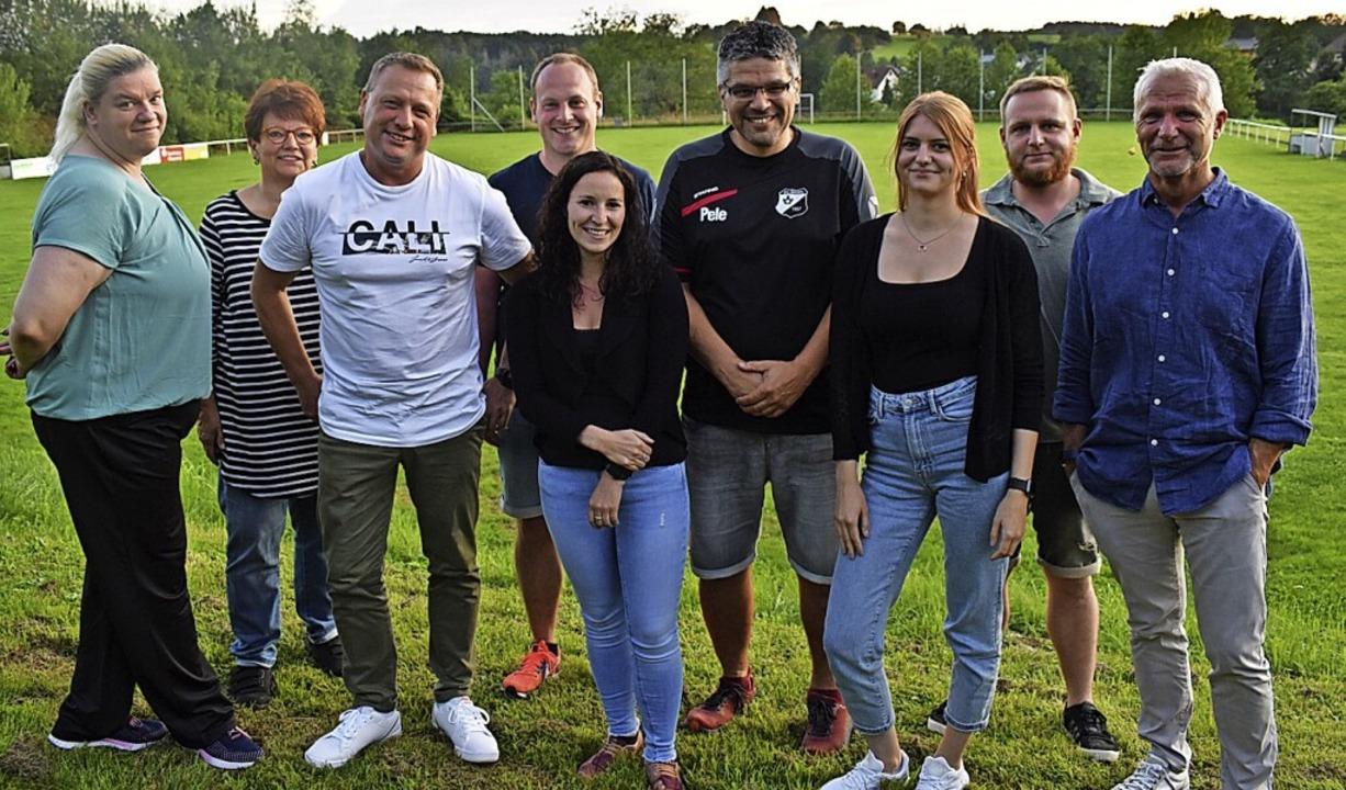 Der Vorstand des SV Hasel (von links):...haub, Tim Trefzer und Holger Trefzer.   | Foto: Hrvoje Miloslavic