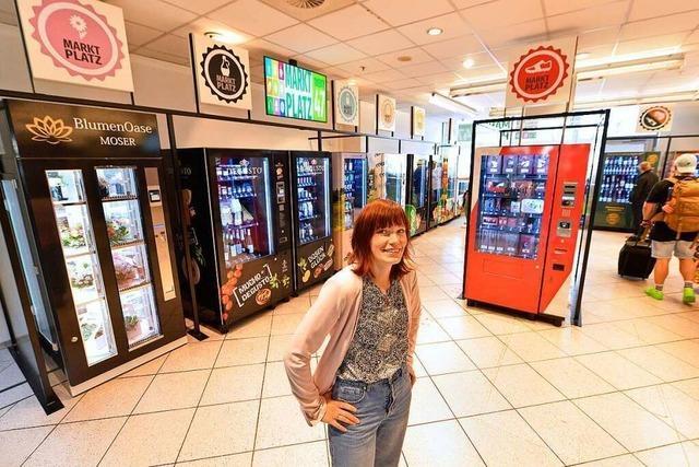 Im Freiburger Hauptbahnhof gibt es jetzt einen Automaten-Supermarkt