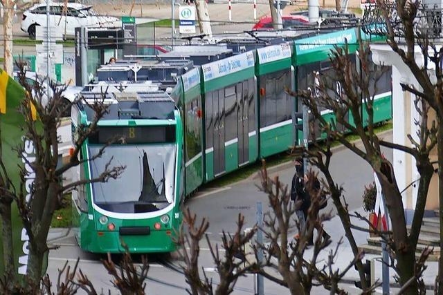Gut ein Drittel weniger Fahrgäste in der Tram 8 während der Pandemie