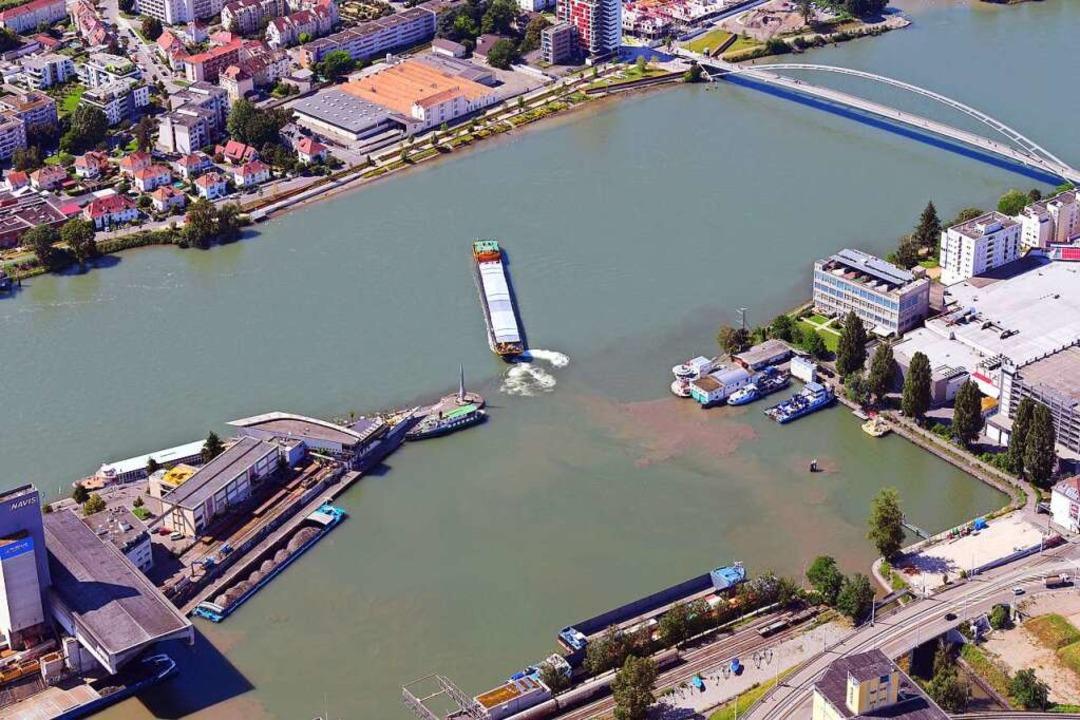 Blick auf das Dreiländereck im Rhein    Foto: Erich Meyer