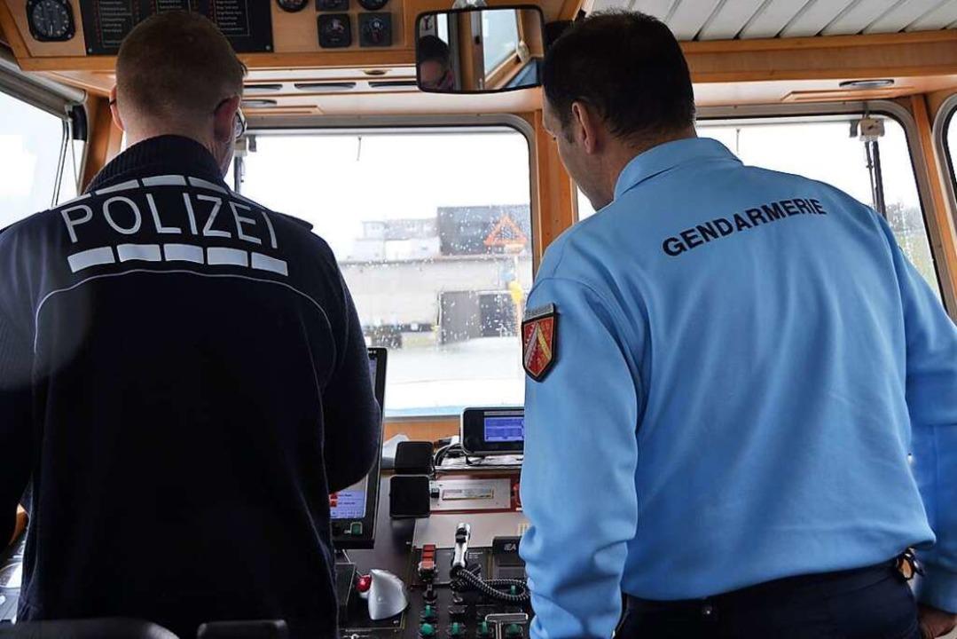 Gemeinsame Streifen auf beiden Seiten ...r deutsch-französischen Polizeiarbeit.    Foto: Kathrin Blum