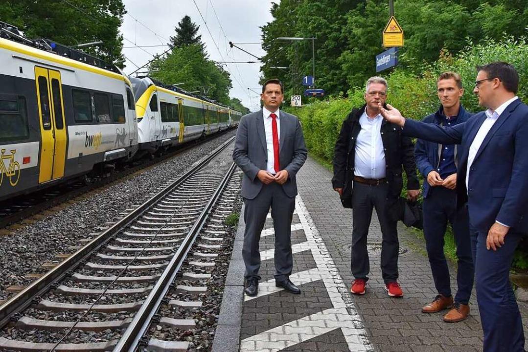 Der  Bahnlärm war Thema eines Gespräch... Paul, Raphael Walz und Sören Bartol.   | Foto: Andrea Steinhart