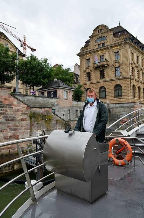 Abfahrt an der Schifflände in Basel  | Foto: Savera Kang