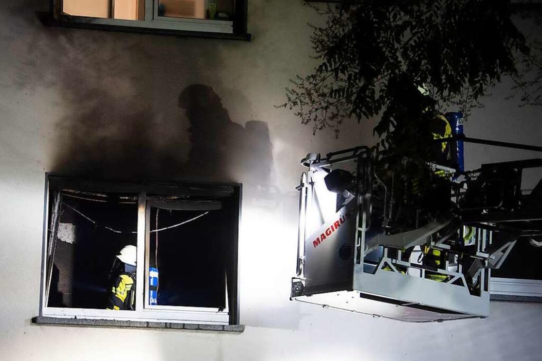 Die fahrlässige Brandstiftung des Ange...ßeinsatz der Müllheimer Feuerwehr aus.  | Foto: Volker Münch