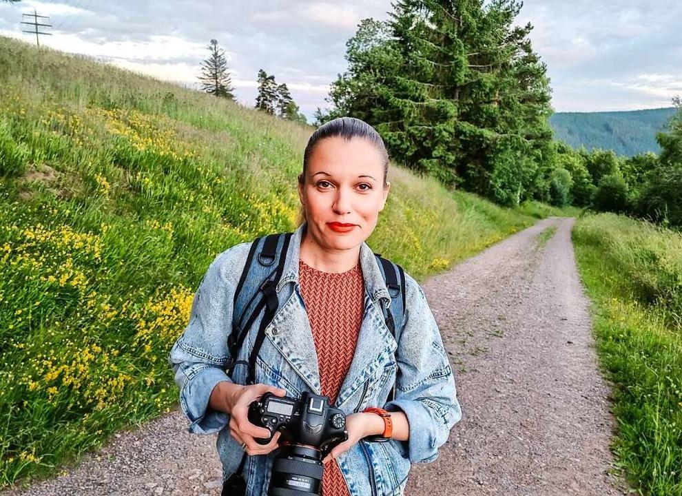 Mit Wanderschuhen und Fotoapparat auf ...che im Hochschwarzwald: Karina Szwok.   | Foto: Karina Szwok