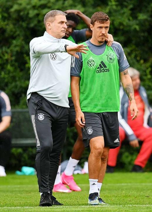 Trainer Stefan Kuntz (links) und seine Führungskraft Max Kruse     Foto: Arne Dedert (dpa)