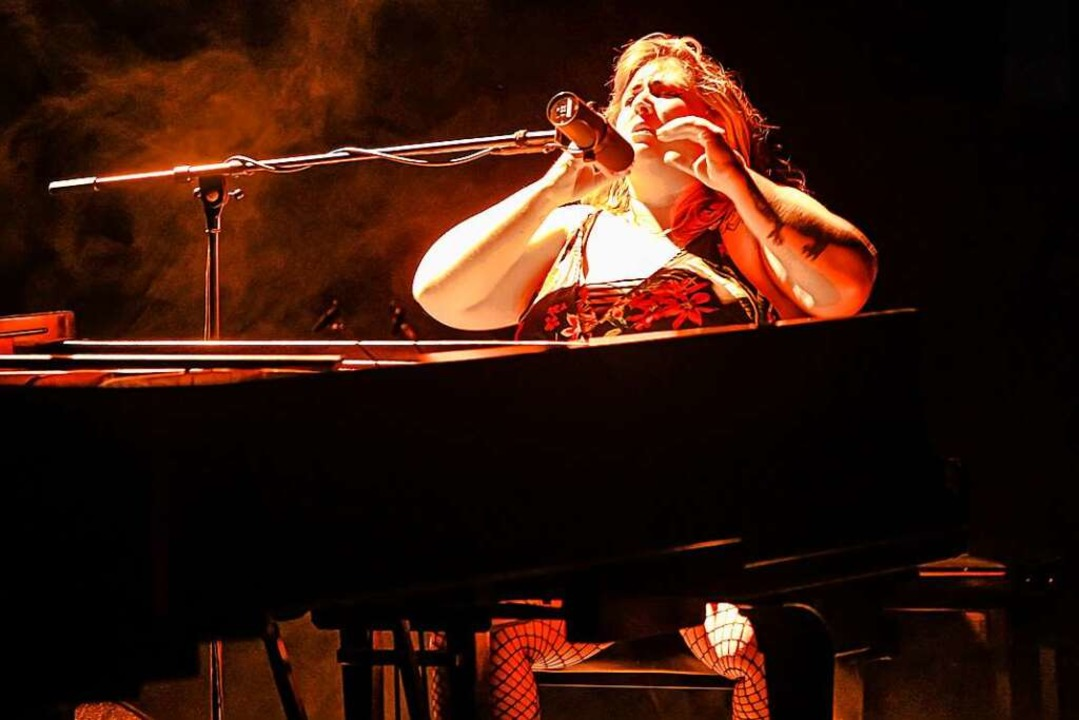 Sarah McCoy im Burghof  | Foto: Jonas Hirt