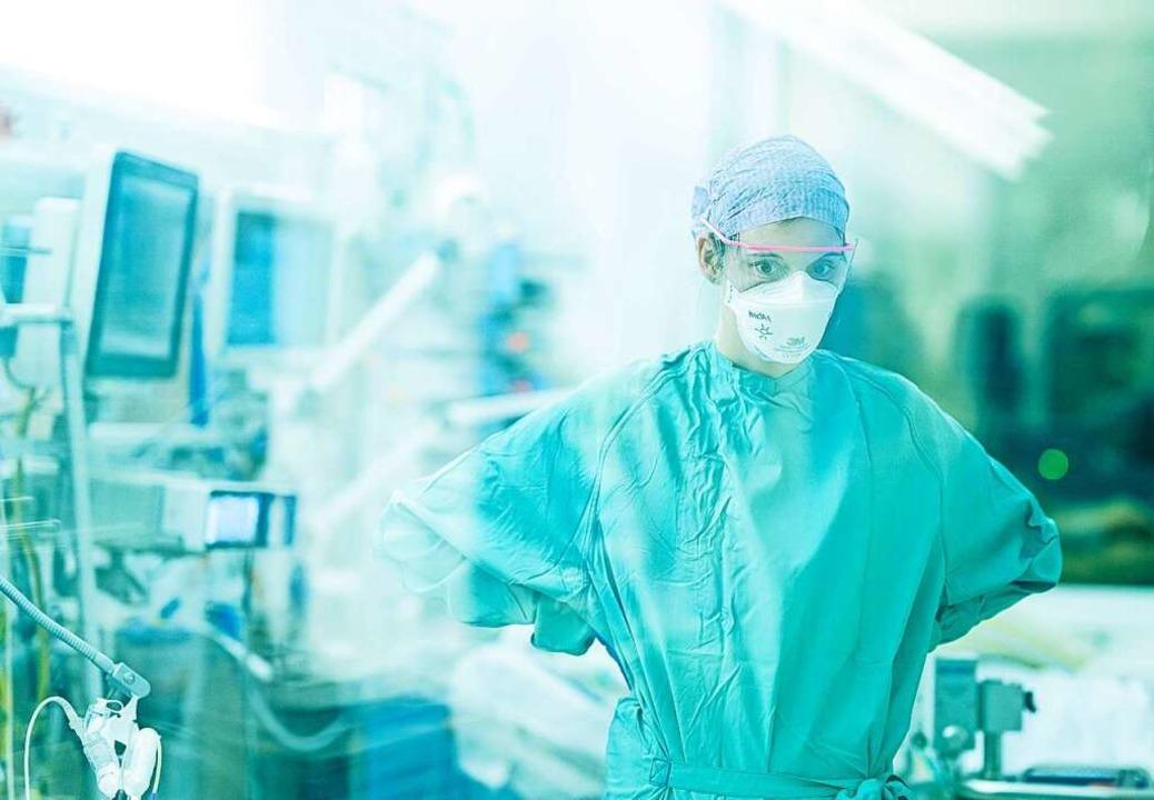 Über eine Impflicht für Klinikpersonal und Lehrkräfte wird diskutiert.  | Foto: ronaldbonss.com via www.imago-images.de