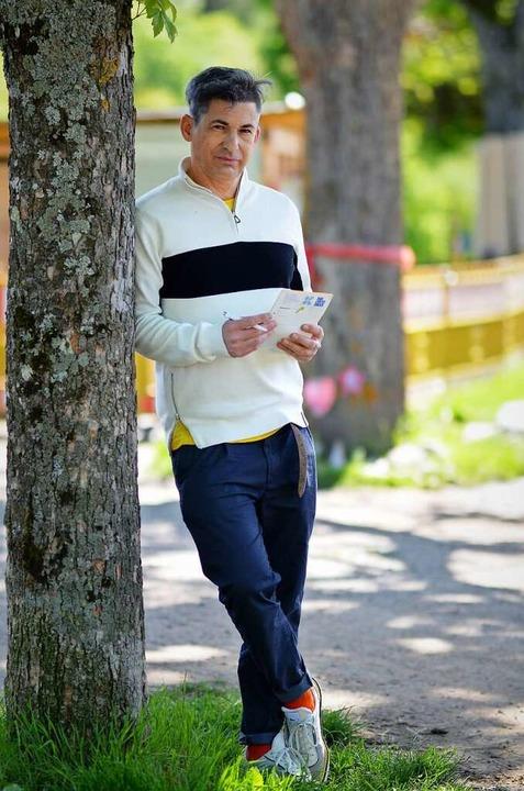 Trotz Smartphone und Notebook wichtige...eur Frank Zimmermann: Stift und Block.  | Foto: Kathrin Blum