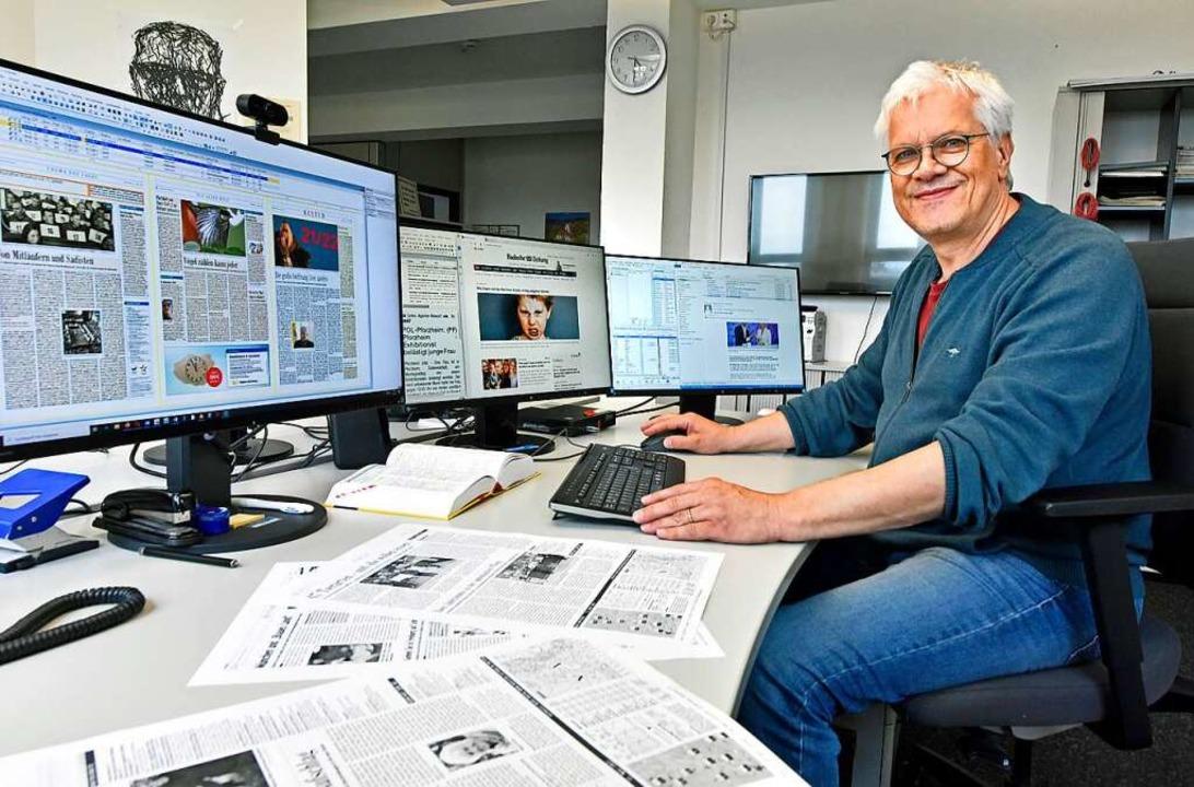 Die letzte Instanz vor dem Druck: Schlussredakteur Karlheinz Schiedel    Foto: Michael Bamberger
