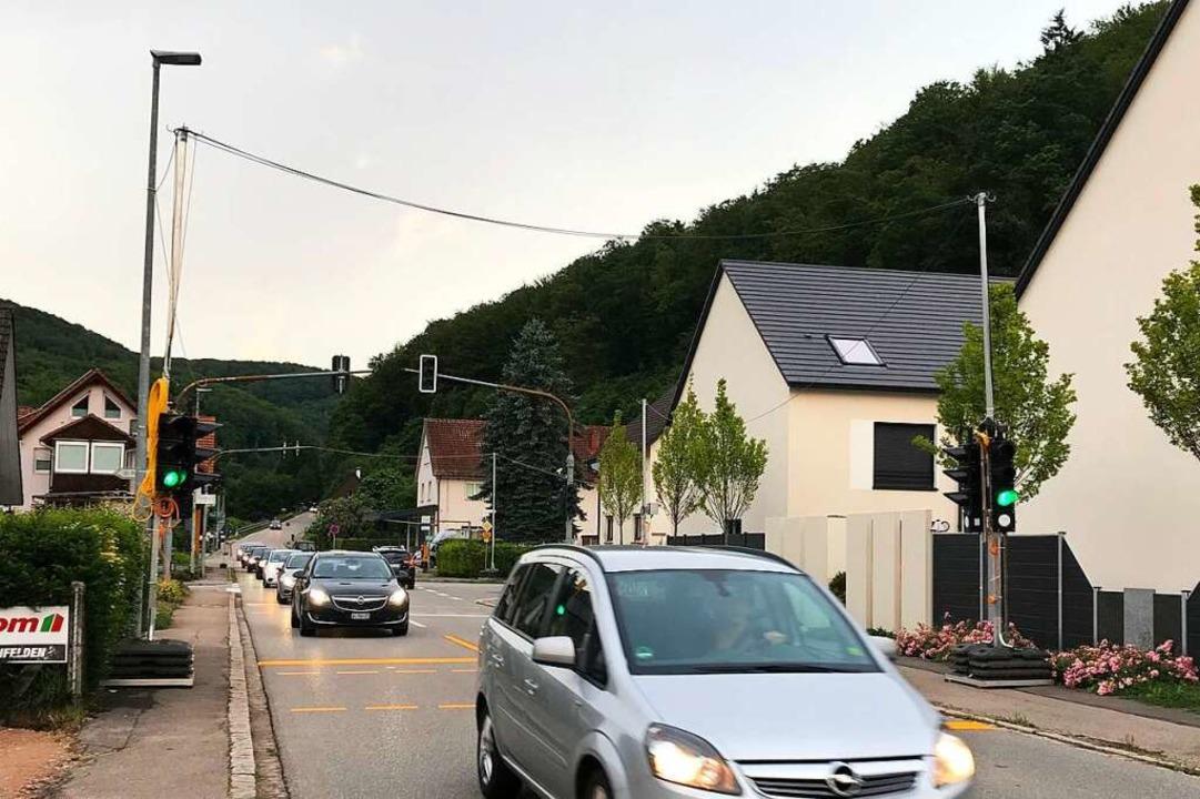 Die Umleitung von der Autobahn hat für... Ampel für die Lamm-Kreuzung gekommen.  | Foto: Boris Burkhardt