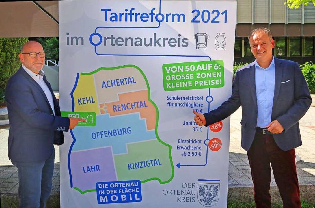Um sich über die Tarifreform zu inform...urg zu Landrat Frank Scherer gekommen.  | Foto: Landratsamt