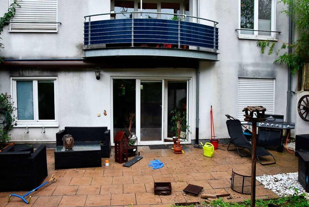 Über die Erdterrasse floss das Wasser aus dem Reinenbächle in das Appartement    Foto: Heinz und Monika Vollmar