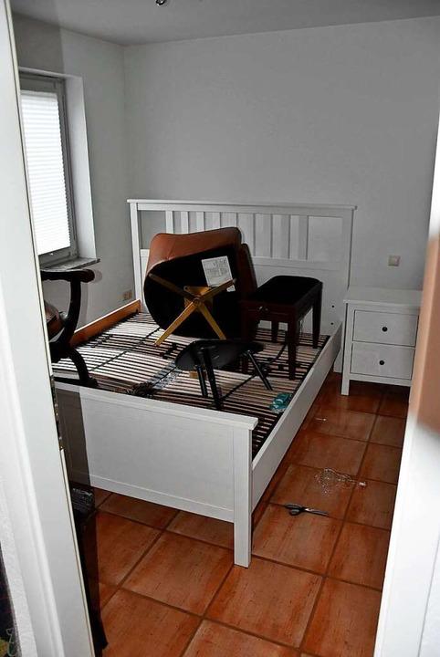 Auch das Schlafzimmer des Appartements stand unter Wasser    Foto: Heinz und Monika Vollmar