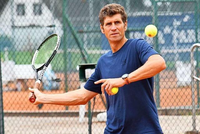 Maxim Sosnovski bringt seit 25 Jahren den Ettenheimern das Tennisspielen bei