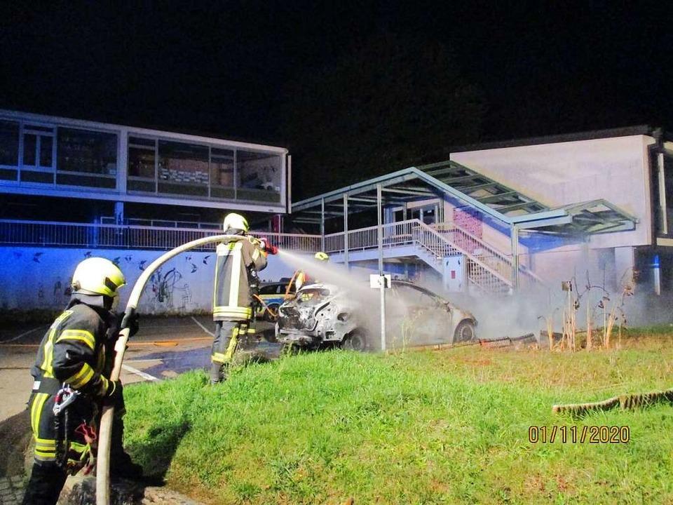 In Riegel musste nachts die Feuerwehr wegen einer Brandstiftung ausrücken.  | Foto: Feuerwehr Riegel