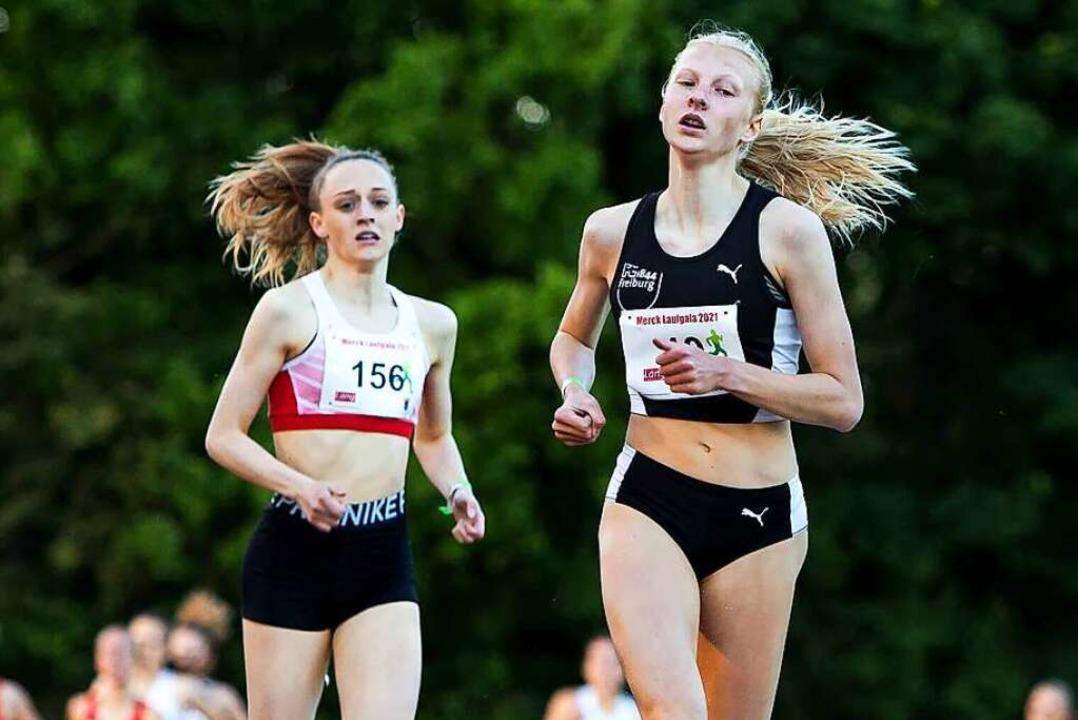 In Pfungstadt lief Jolanda Kallabis (r... persönliche Bestzeit über 1500 Meter.  | Foto: BEAUTIFUL SPORTS/R. Schmitt via www.imago-images.de