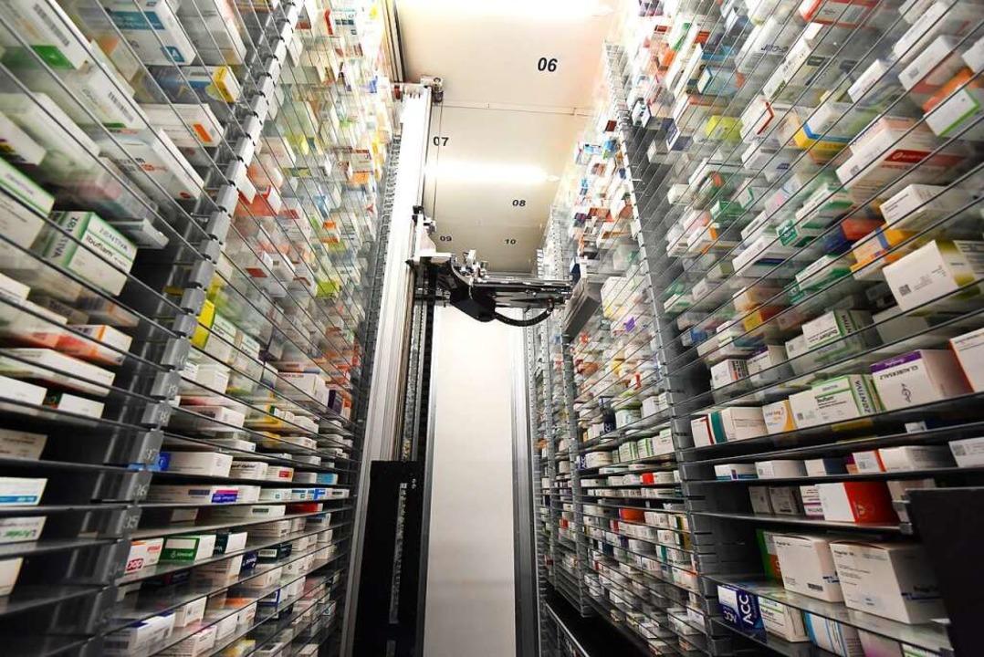 Apotheken haben vieles vorrätig und kö...s auch Probleme mit der Lieferbarkeit.  | Foto: Waltraud Grubitzsch (dpa)