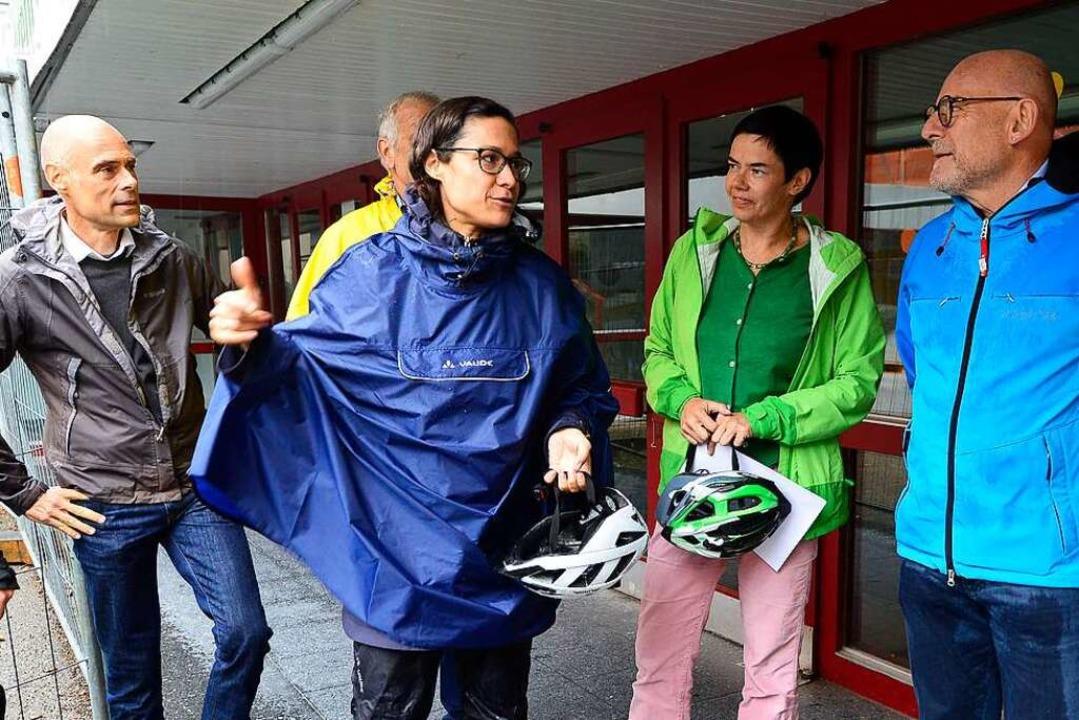 Die Landtagsabgeordnete Nadyne Saint-C...ten auch an der Lorettoschule Station.  | Foto: Ingo Schneider