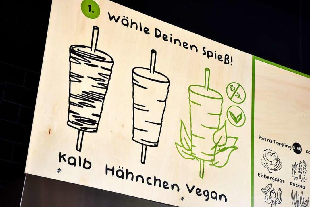 Eine Neuheit in der Freiburger Gastronomie ist der vegane Spieß.    Foto: Thomas Kunz