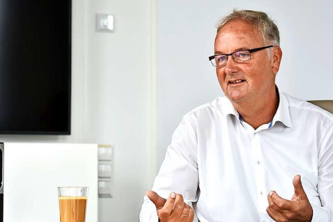 Helmut Schiffer ist Pflegedirektor des... und Mitglied des Klinikumsvorstandes.  | Foto: Thomas Kunz