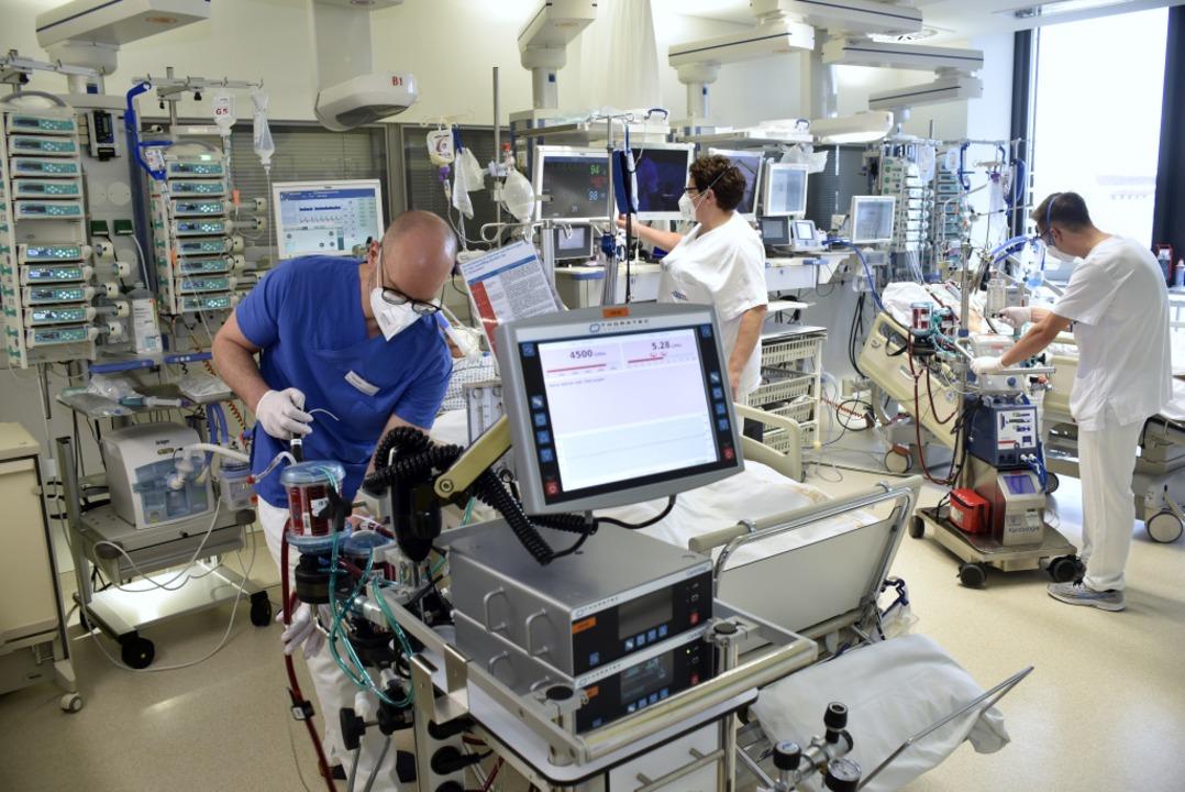 Arbeit auf der Intensivstation erfordert ständige Höchstleistung.  | Foto: Thomas Kunz