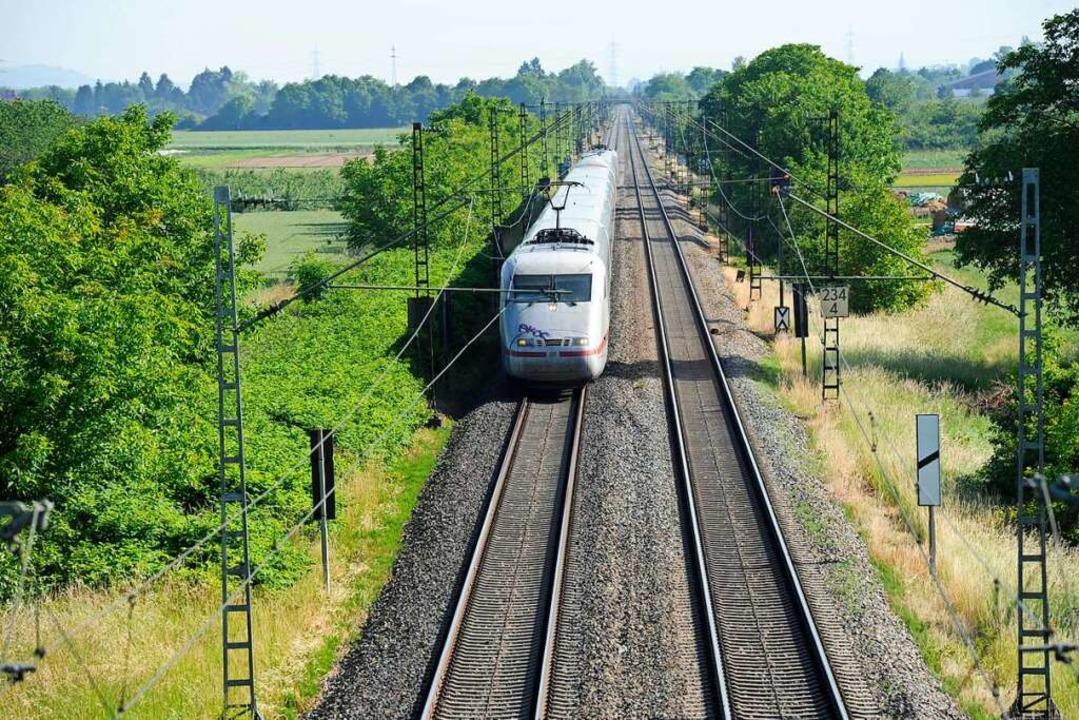 Der Ausbau der Rheintalbahn löst eine große Flurneuordnung aus.  | Foto: Volker Münch