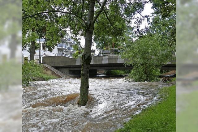 Erster Hochwassertest für die neue Bernhardusbrücke