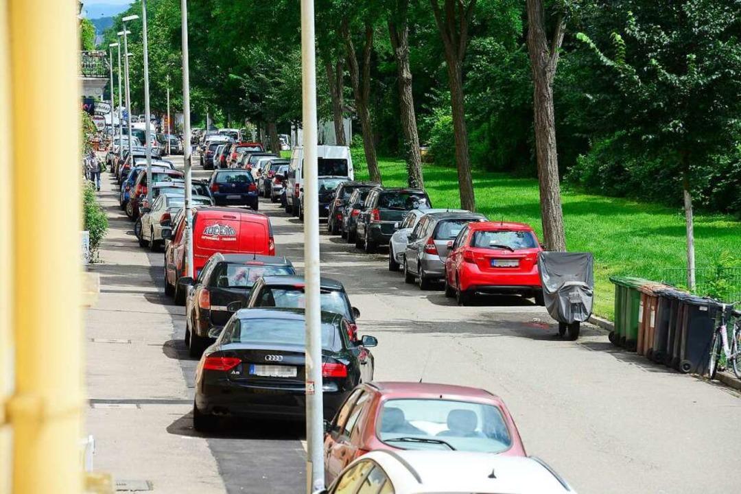 Parken in der Kandelstraße alle auf de... dort zu eng.<BZ-Keyword></BZ-Keyword>  | Foto: Ingo Schneider