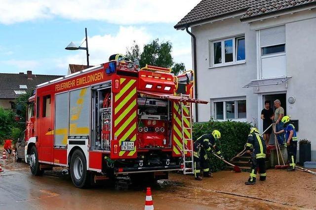 Weils Oberbürgermeister Wolfgang Dietz dankt den Rettungskräften