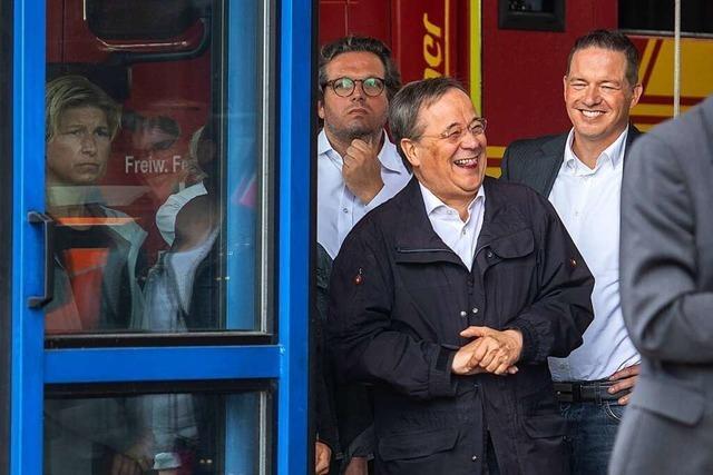 Kritik an Laschet wegen Lachens während Steinmeier-Rede im Flutgebiet