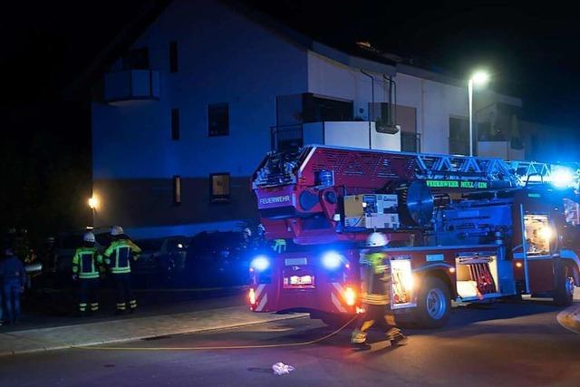 Feuerwehr Müllheim wird zu Chlorgaseinsatz und verrauchter Wohnung gerufen