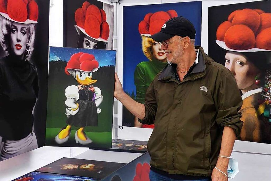 Der Künstler und sein Model - Ulrich Klinkosch und Daisy Duck (Foto: Hans Jürgen Kugler)